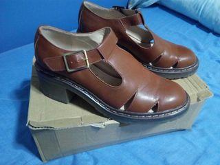 Zapatos pull & bear calados