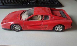 Ferrari Testarossa 1:18 Burago