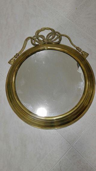 Espejo de laton dorado