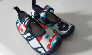 zapato infantil playa