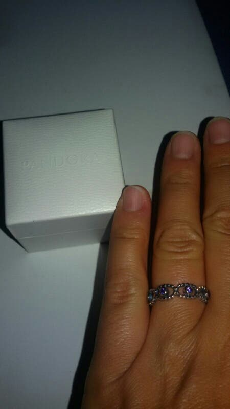 anillo Pandora plata 925. talla 8. sin estrenar .