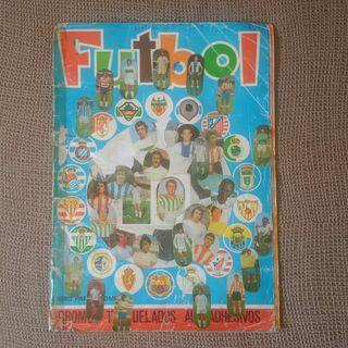 Álbum pegatinas fútbol año 1975