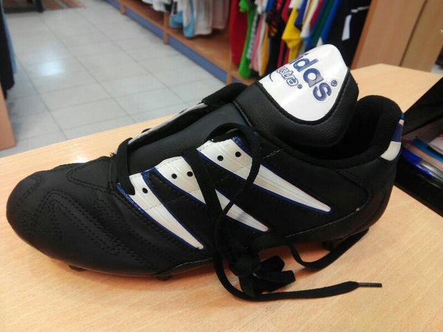 ff753143fe63c Botas Fútbol Adidas Questra Cup NUEVAS de segunda mano por 18 € en ...