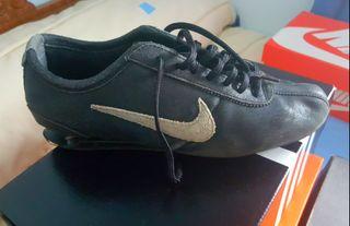 brand new e1b7f 5844a Zapatillas Nike de segunda mano en Cáceres en WALLAPOP