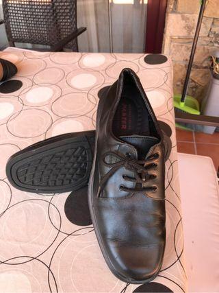 Zapatos de caballero piel nuev
