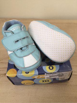 Zapatillas bebé talla 19