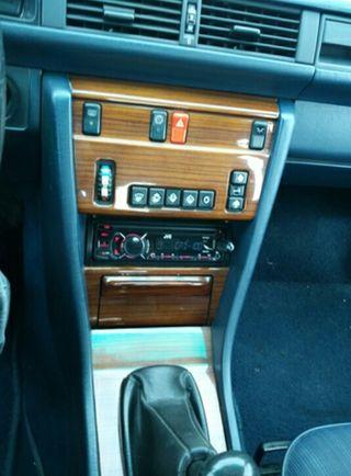 Mercedes-Benz Clase E 1986