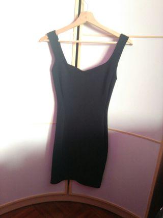 Vestido negro pegado elastico
