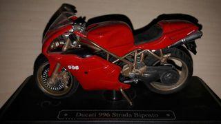 Ducati 996 Strada Biposto 1:18.