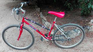 Bicicleta marca Atak