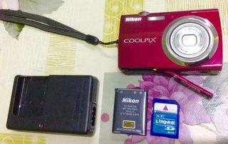 Camara fotos Nikon TactilDS230