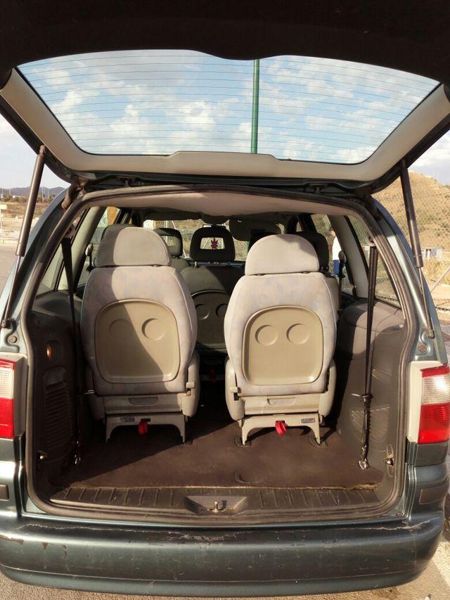 Ford Galaxy 2004