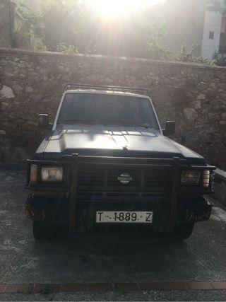 Nissan Patrol 1989