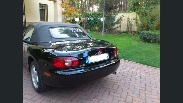 Descapotable Mazda MX 5 1.600 cc 2003