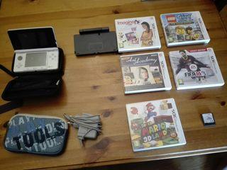 Consola nintendo 3ds y varios juegos