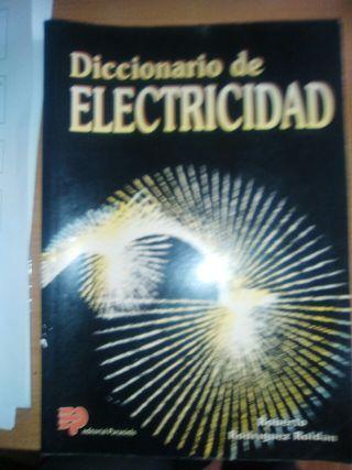 DICCIONARIO DE ELECTRICIDAD(En papel).