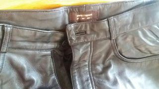 Pantalones de piel 100%