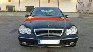 vendo Mercedes-Benz Clase C270 2002 como nuevo
