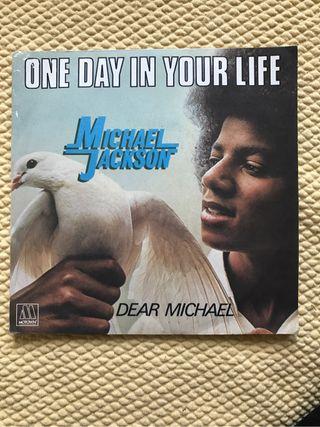 "Michael Jackson ""One day in yo"