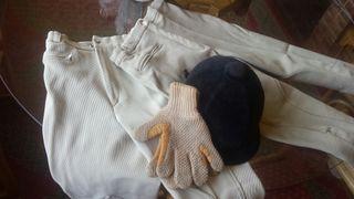 Equitación casco pantalones guantes caballo