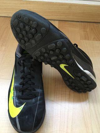 Fútbol Mano Wxboo Botas En Nike Segunda Barcelona De Wallapop qwnpvZnE1 af8c10cbe00