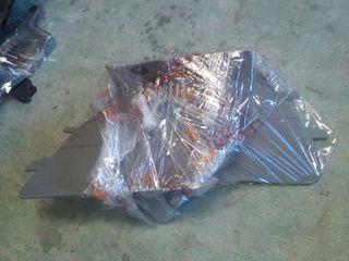 tapizado plastico lateral Caddy orejas pies 2k0