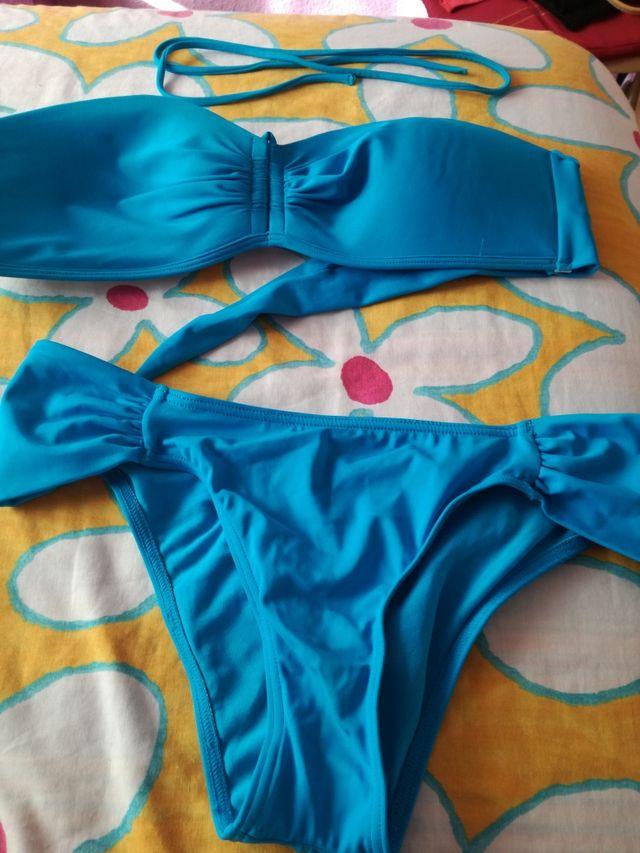 67394580801d Bikini talla 46 de segunda mano por 6 € en Madrid en WALLAPOP