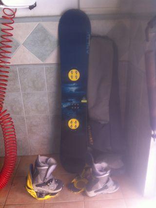Tabla snowboard y botas burton