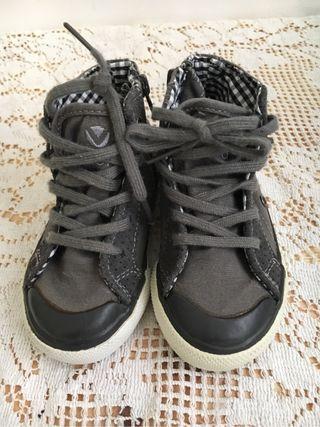 Zapatos victoria T23 niño gris