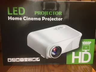 Proyector Led HD - 1800 lumen-HDMI-USB- 120 pulgad