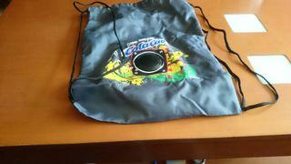mochila cola cao con altavoz
