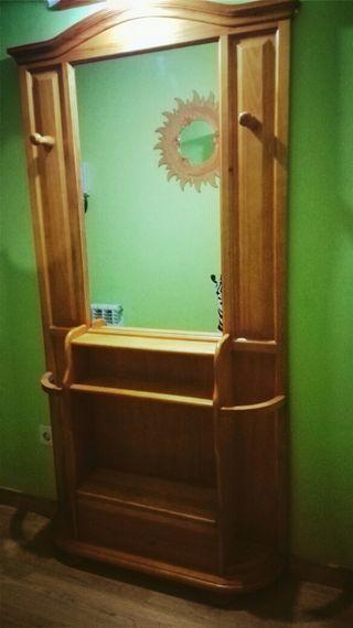 Mueble recibidor vintage de segunda mano por 150 en sant for Wallapop madrid muebles