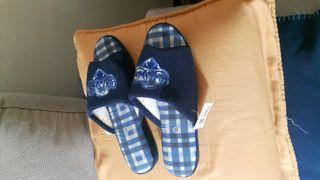 Zapatillas de rizo azules