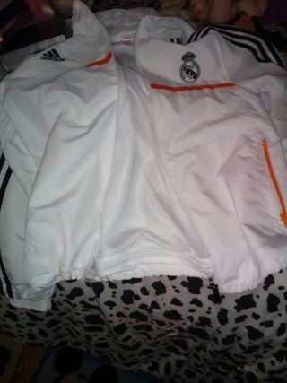 Chaqueta chándal del Real Madrid