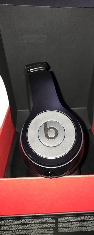 Beats solo3 wireles special edition black iPhone 7