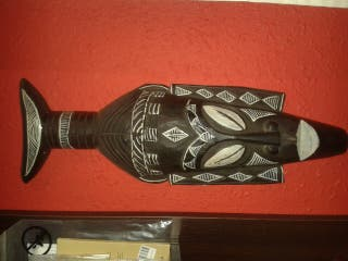 Mascara africana adorno