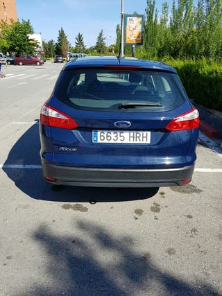 Ford Focus familiar 2013