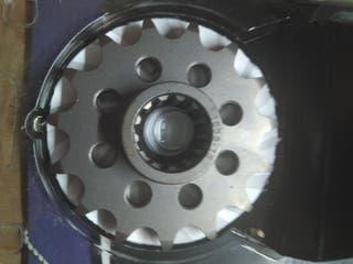 Piñón moto