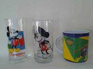 vaso taza Disney Mickey Mouse y Bichos Pixar