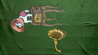 Camiseta chico talla M gramófono