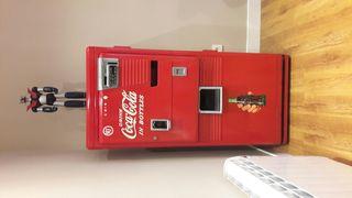 antigua maquina de coca cola americana años 50
