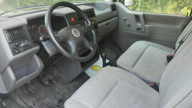 Volkswagen Transporter 2.5 TDI FURGON ISOTERMICO