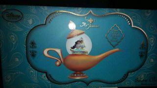 Disney bola de nieve lampara jasmine y aladdin