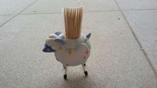 Palillero en forma de oveja( detalles comunion, boda...)