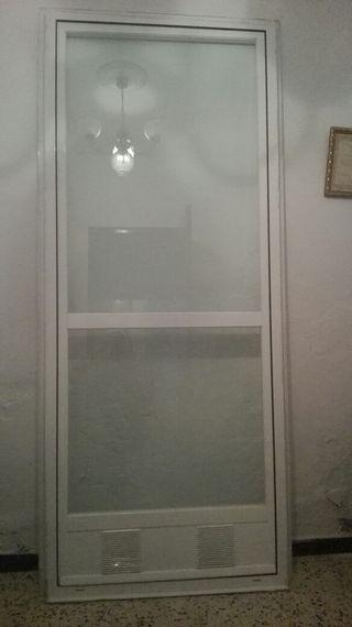 puerta d aluminio y cristal