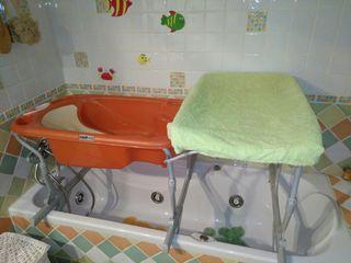 Bañera bebé sobre bañera