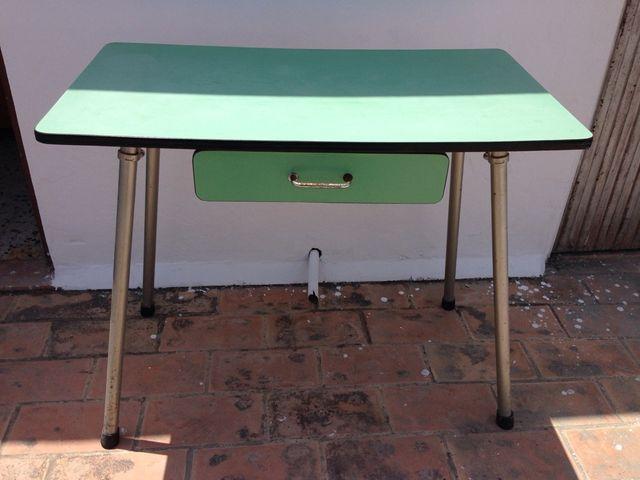 Mesa cocina vintage años 70 de segunda mano por 30 € en San Fernando ...