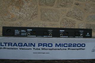 Ultragain pro mic 2200