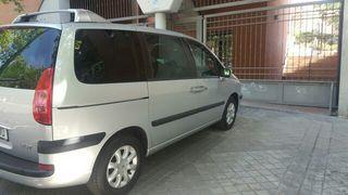 Peugeot 807 2.0i 16v
