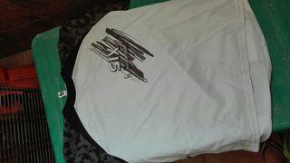 camiseta six